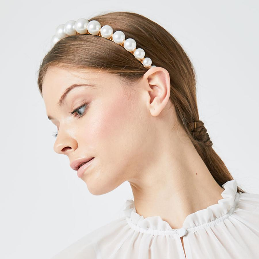 Faux Pearl Graduated Cream Headband (Model)