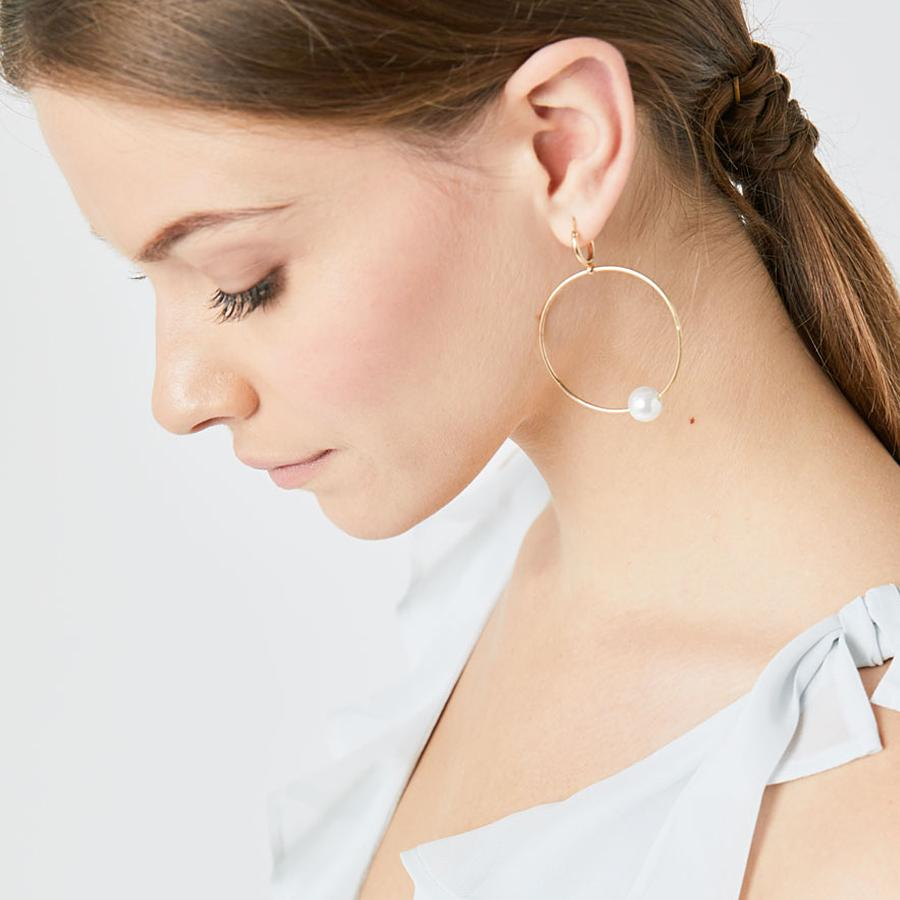Pearl Silver Hoop Earrings (Model)