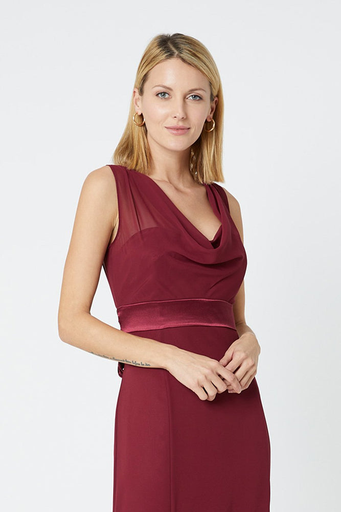 Penelope Fitted Burgundy Red Occasion Dress (Front zoom)