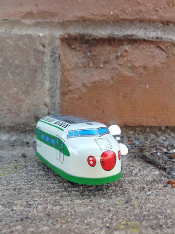 Wind Up Tin Mini Bullet Train - green keychain #203gk