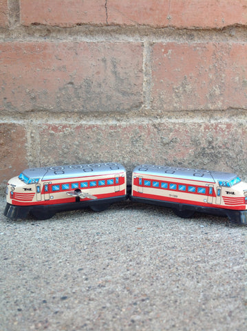 Wind Up Tin Train Two Cars - L-express - 125