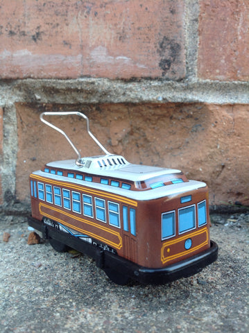 Wind Up Tin Trolley - brown #211b
