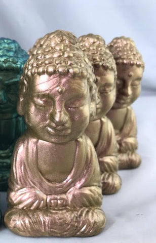 Seated Buddha - gold pearl **