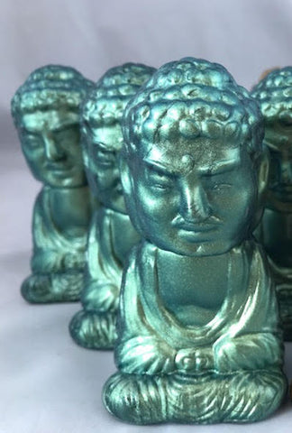 Seated Buddha - green pearl **