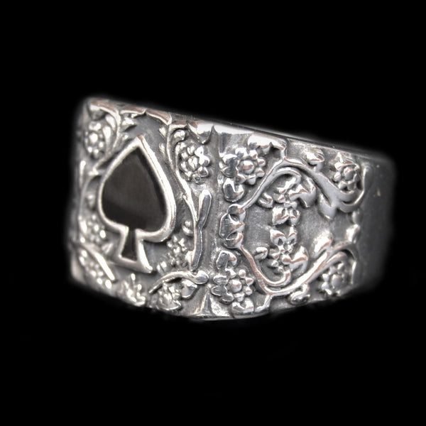 ANTIQUE SPADE RING