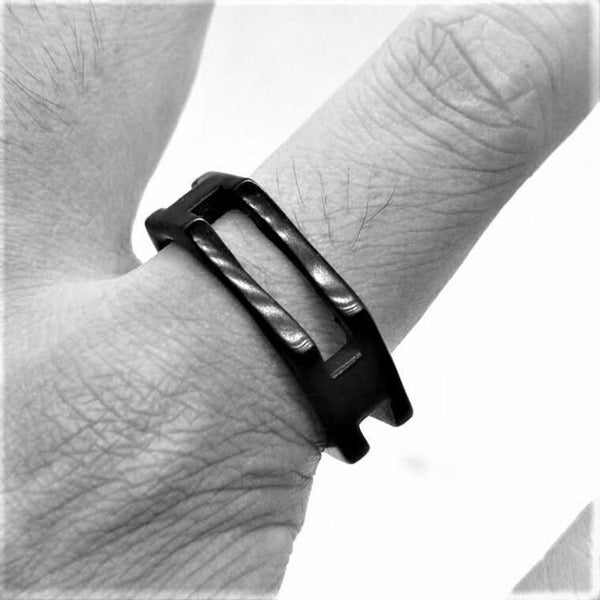 BLACK HEXAGON RING - Rebelger.com