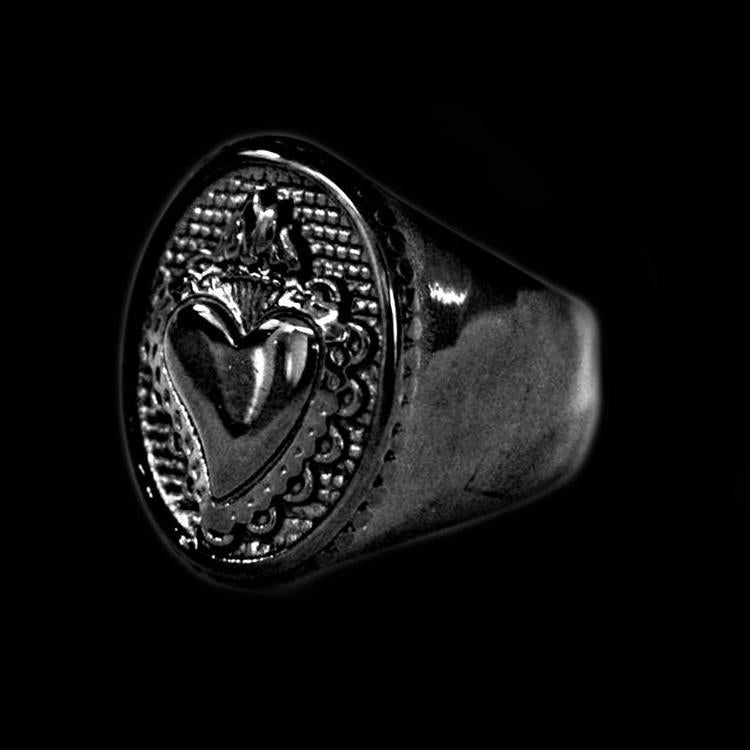 BLACK SACRED HEART RING-Rebelger.com