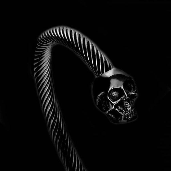 BLACK TWISTED SKULL BRACELET - Rebelger.com