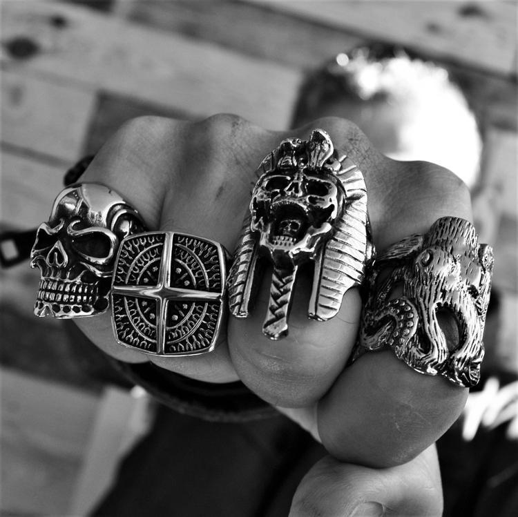 EGYPTIAN CURSE SKULL RING - Rebelger.com