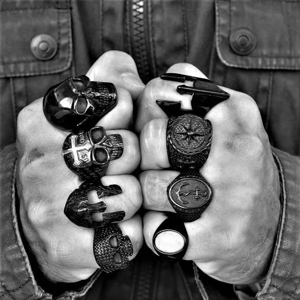 GLADIATOR BLACK RING - Rebelger.com