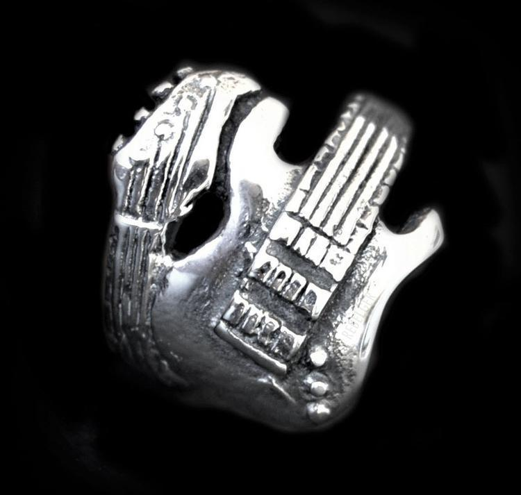 GUITAR RING - Rebelger.com