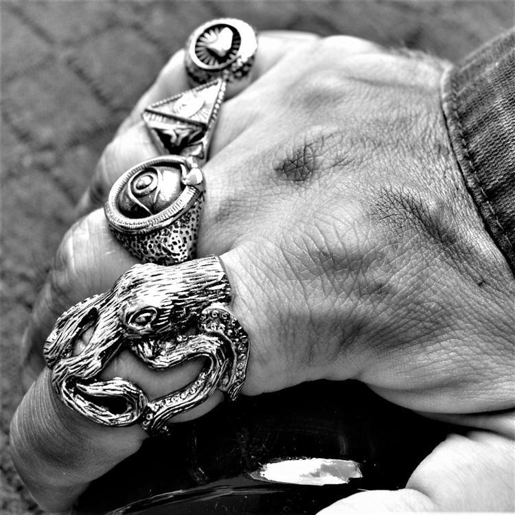 KRAKEN OCTOPUS RING - Rebelger.com