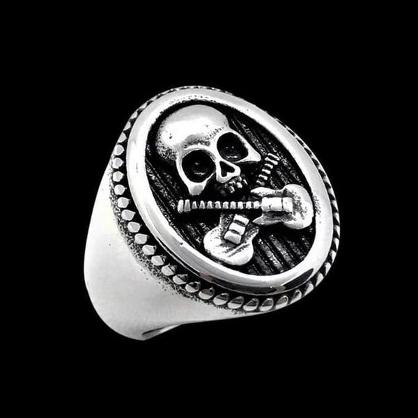 ROCK STAR SKULL RING - Rebelger.com