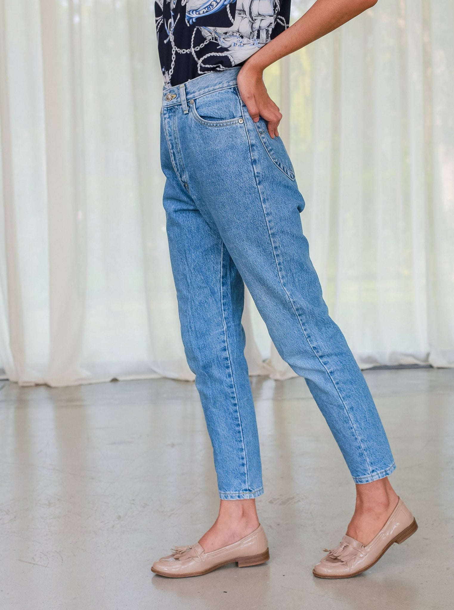 Vintage 80s Light blue High-waisted mum jean