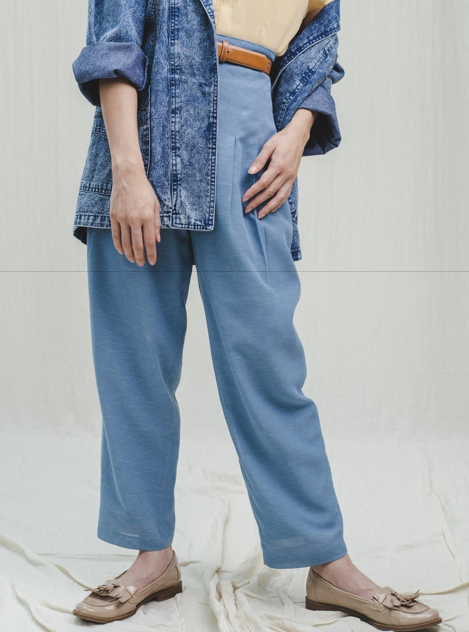 Blue linen high-waisted trousers