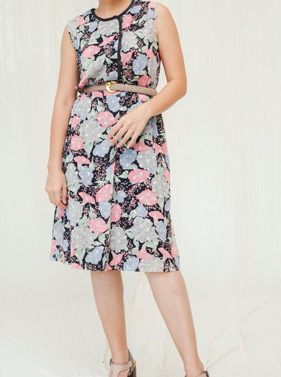 Floral print in black based vintage dress - Sugar & Cream Vintage