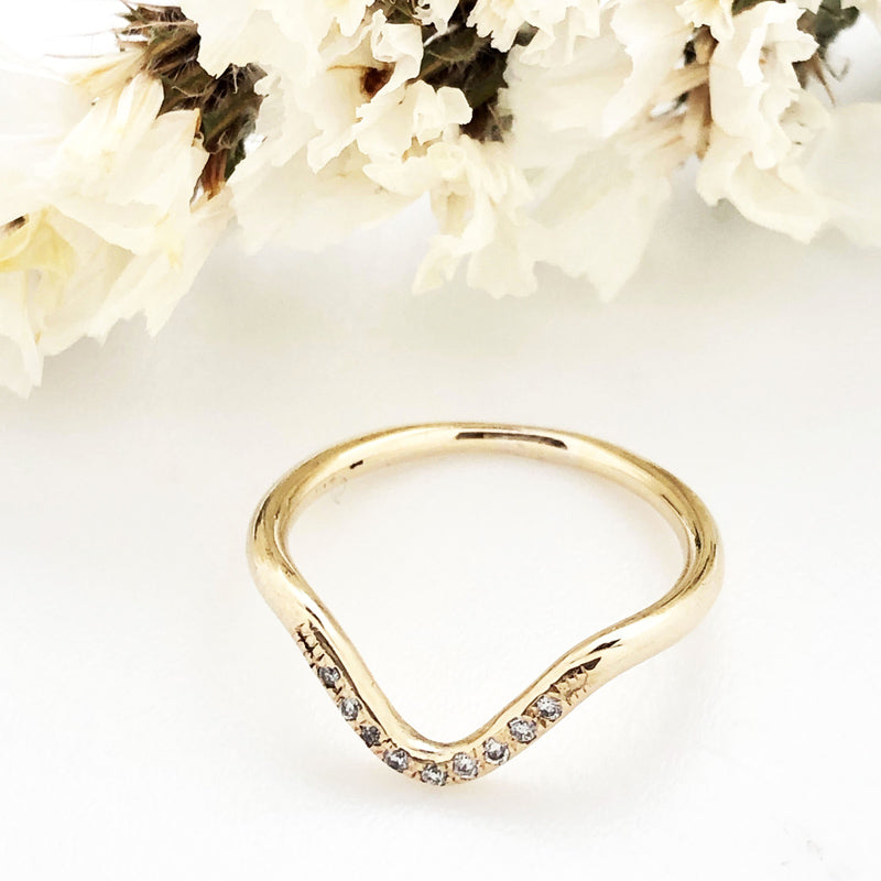 Arrow Pave Diamond Band