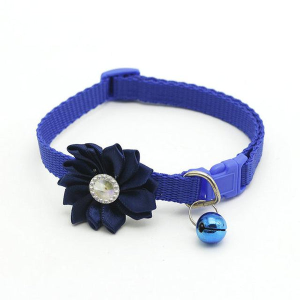 Diamante Flower Bell Collar - FarmCityPets