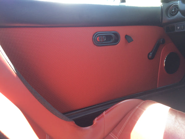 Door Panel Vinyl, LE Red, Squareweave