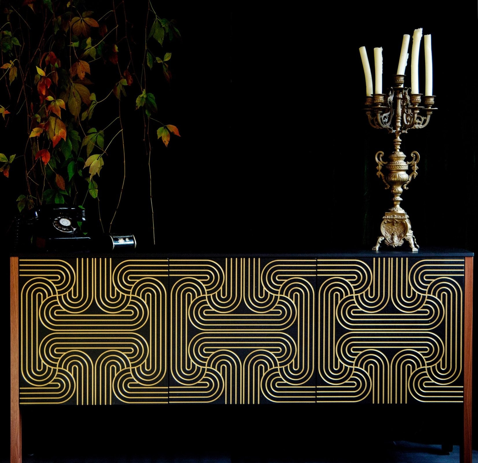 Loop Cabinet Long doors