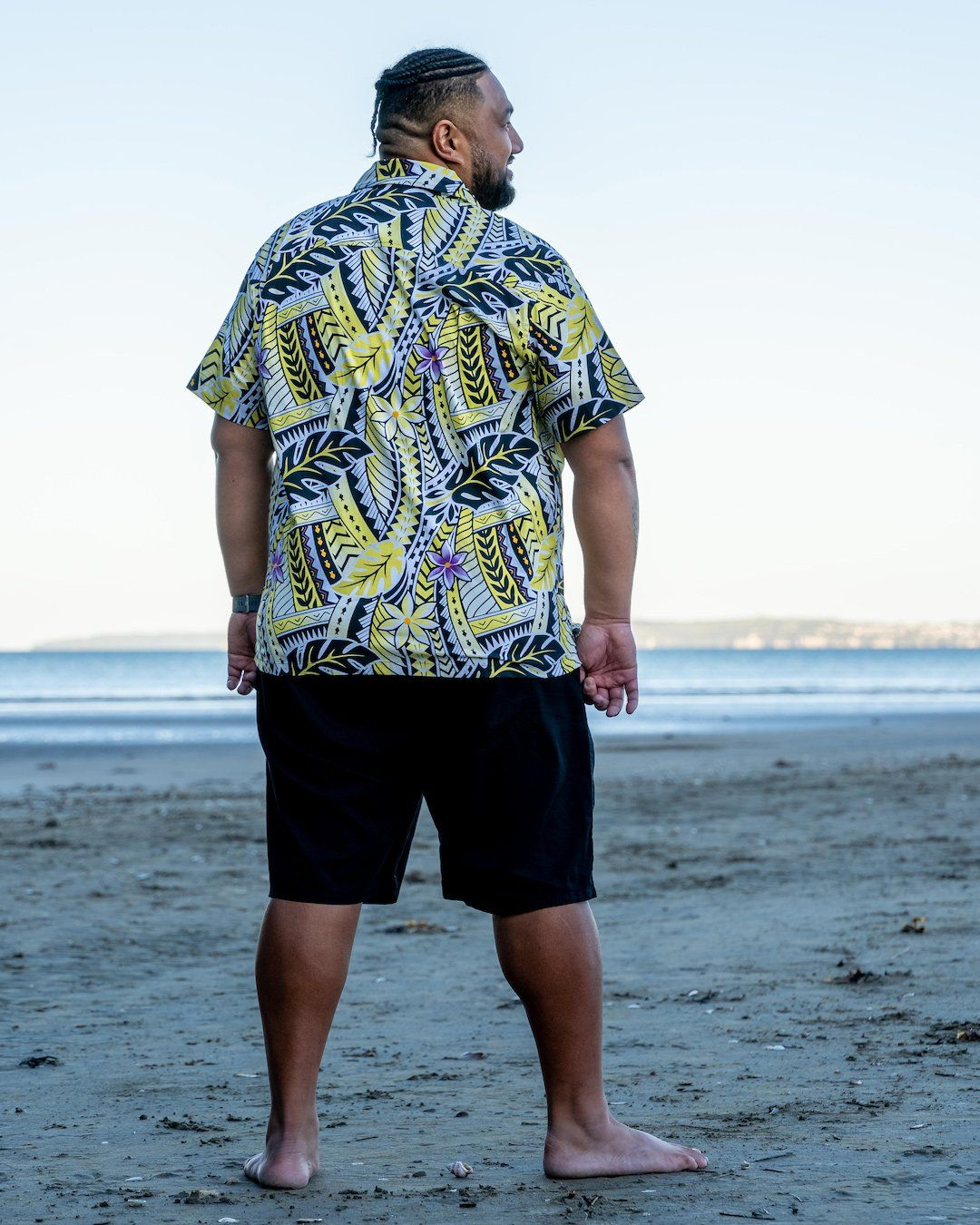 Kanoa Mens Short Sleeve Shirt - Island in The Sun