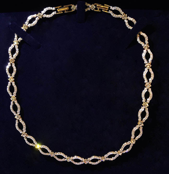 Pavy Choker Necklace by Swarovski - Elegant Diamond Cut Design