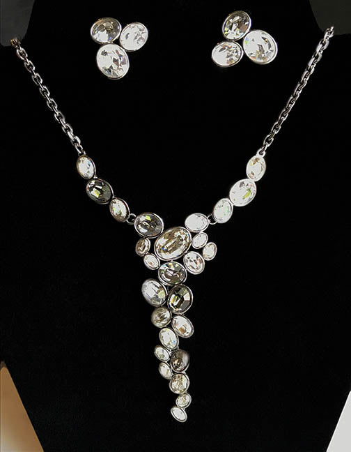 Swarovski Crystal Drops Necklace & Earring Set