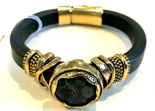 BOHO Magnetic Focal Bracelet - Black Stone with Black Band