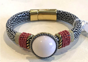 BOHO Magnetic Focal Bracelet - Pearl with Spotted Band