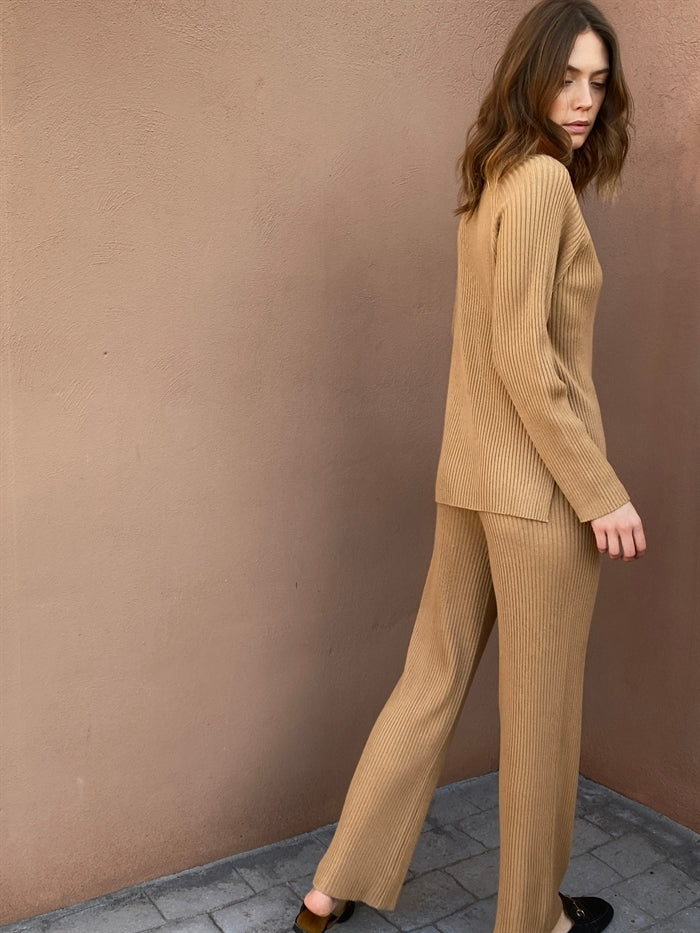 Ribbed Knit Trousers in Nude