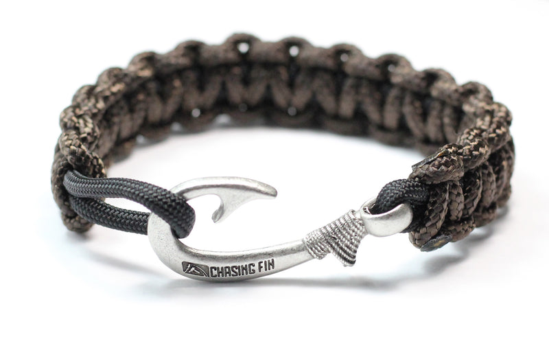 New Slim Cobra Braid Fish Hook Bracelet (Dark Brown & Black)