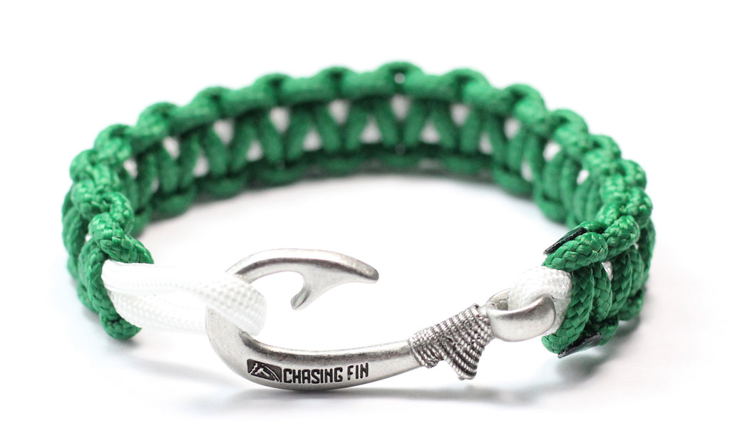 New Slim Cobra Braid Fish Hook Bracelet (Kelly Green & White)