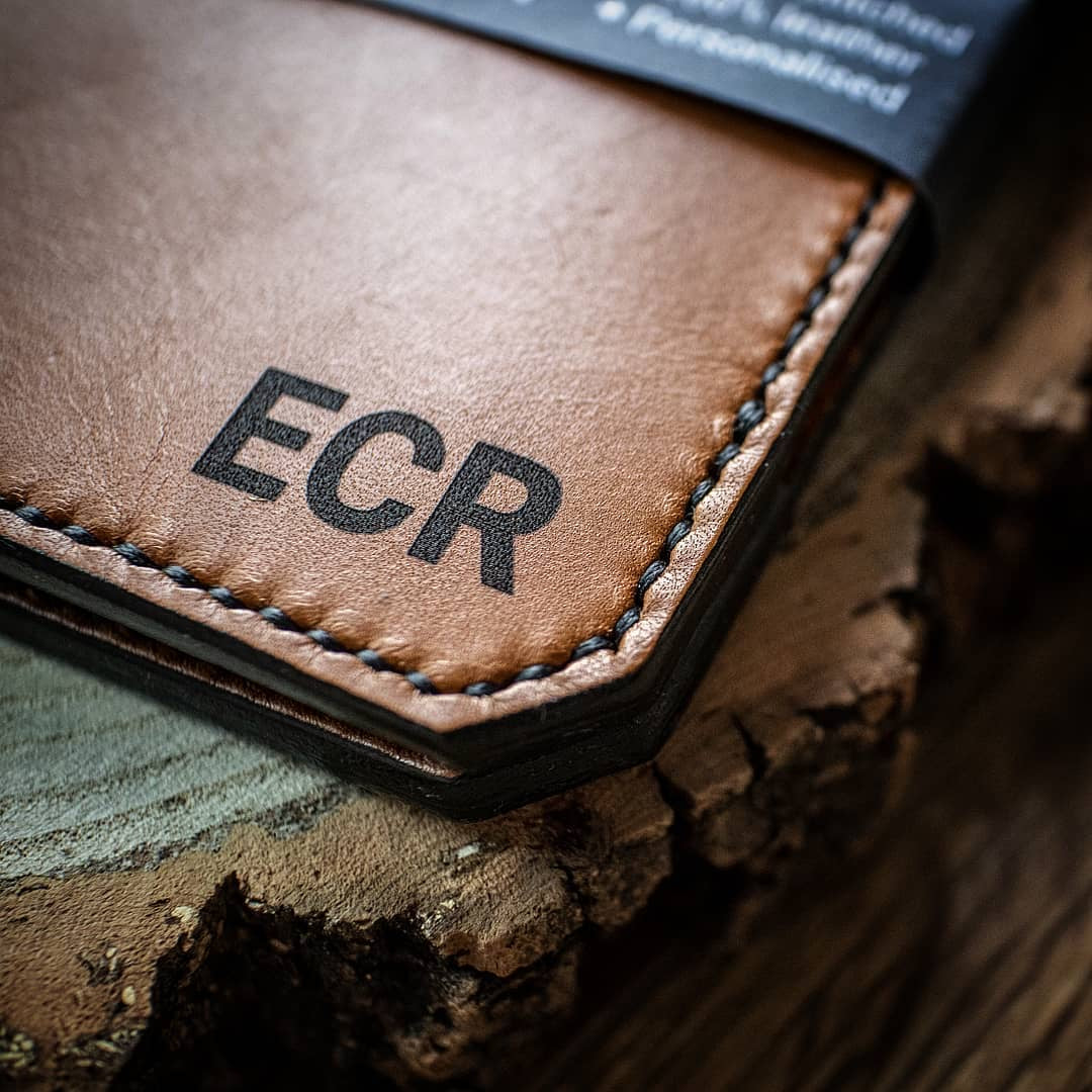 001 Personalised Leather Scorecard Holder // Tan with Green & Black zag cord