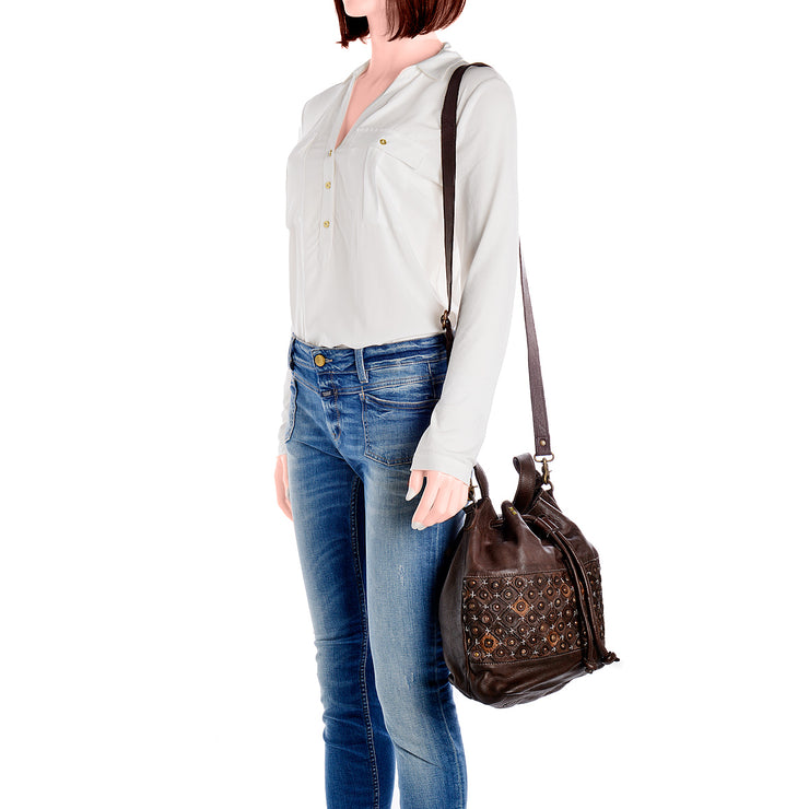 DESIDERIUS Bucket Bag Chloe in Dunkelbraun 5