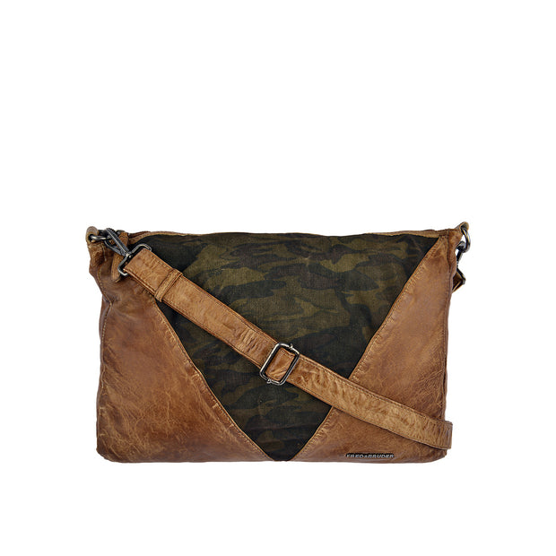 FREDsBRUDER Beuteltasche Arrow Casual in Braun 1