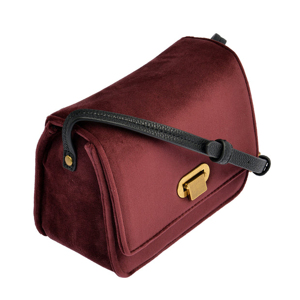 Marc O'Polo Crossbody Bag Samt in Bordeaux