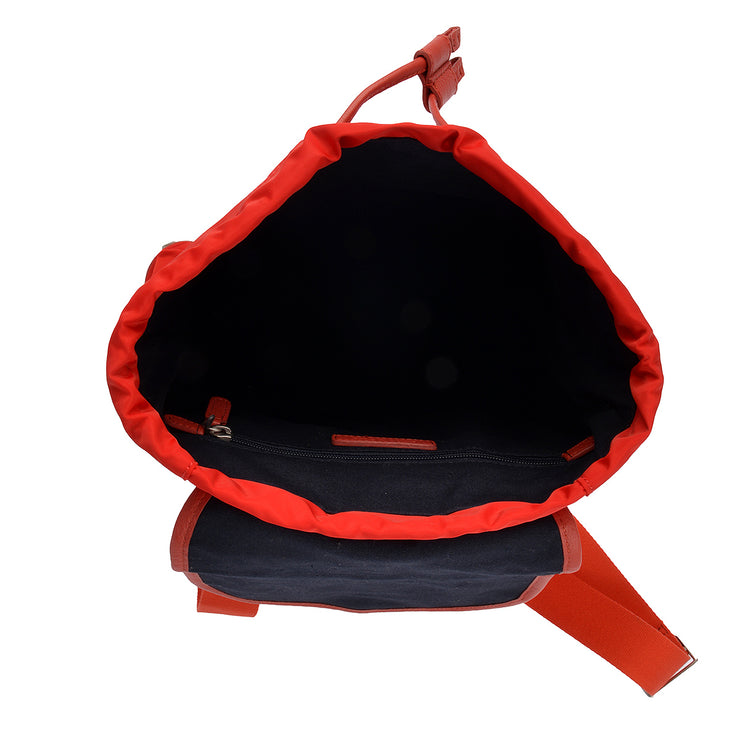 Marc O'Polo Nylon Rucksack in Rot 4