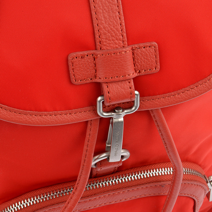 Marc O'Polo Nylon Rucksack in Rot 7