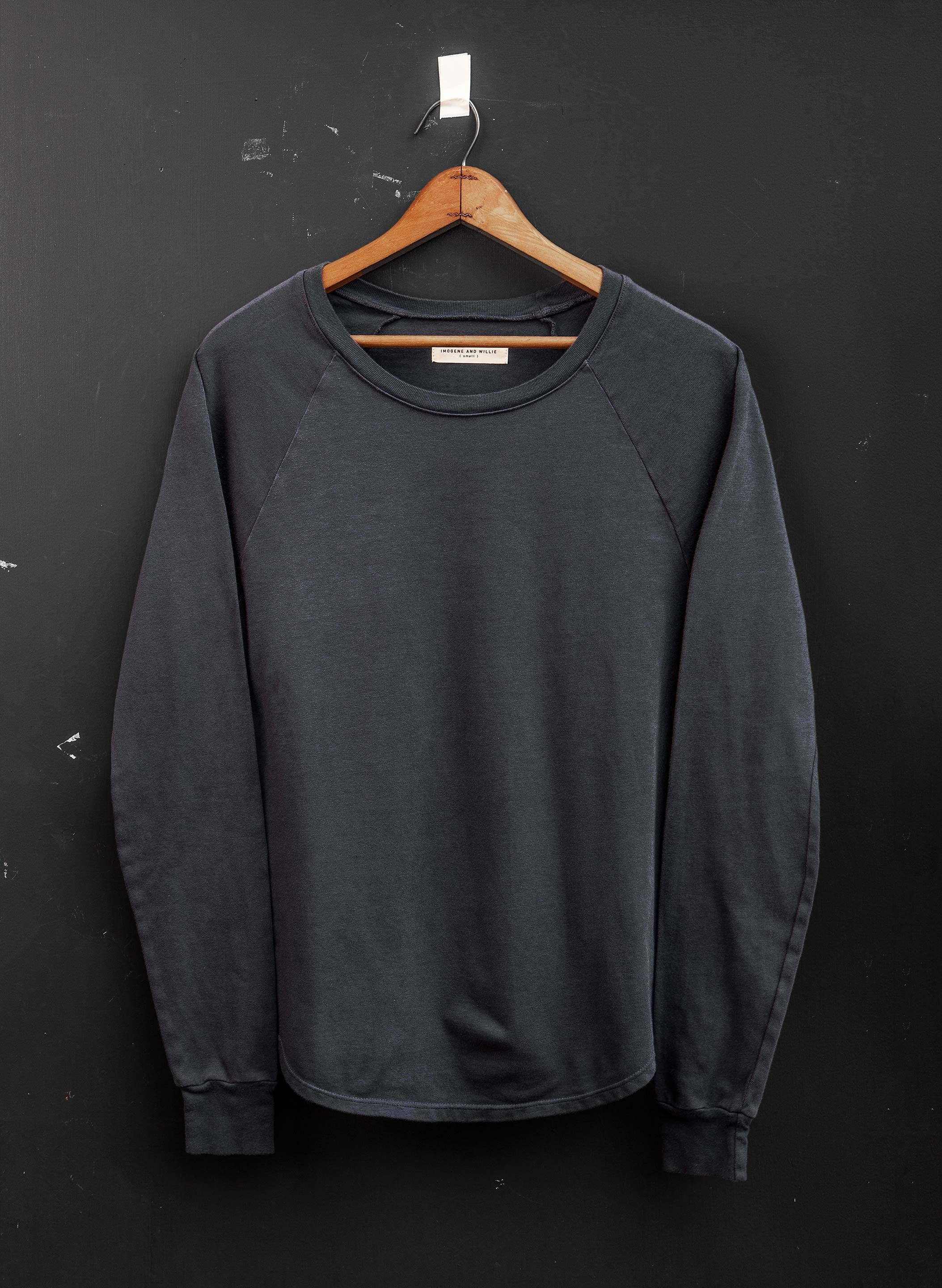 imogene + willie - long sleeve raglan in graphite