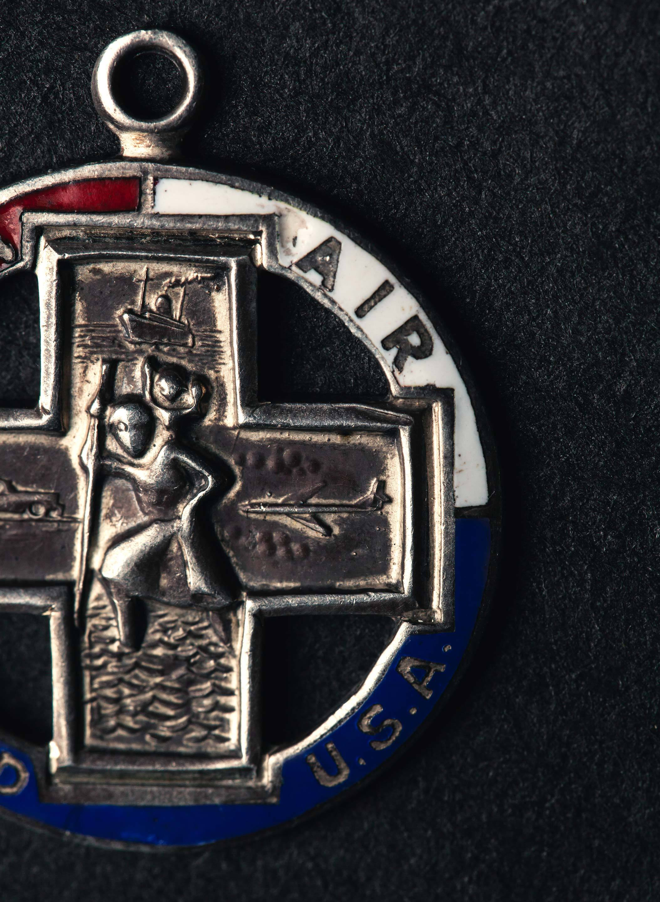imogene + willie - 1950's st. christopher medal pendant