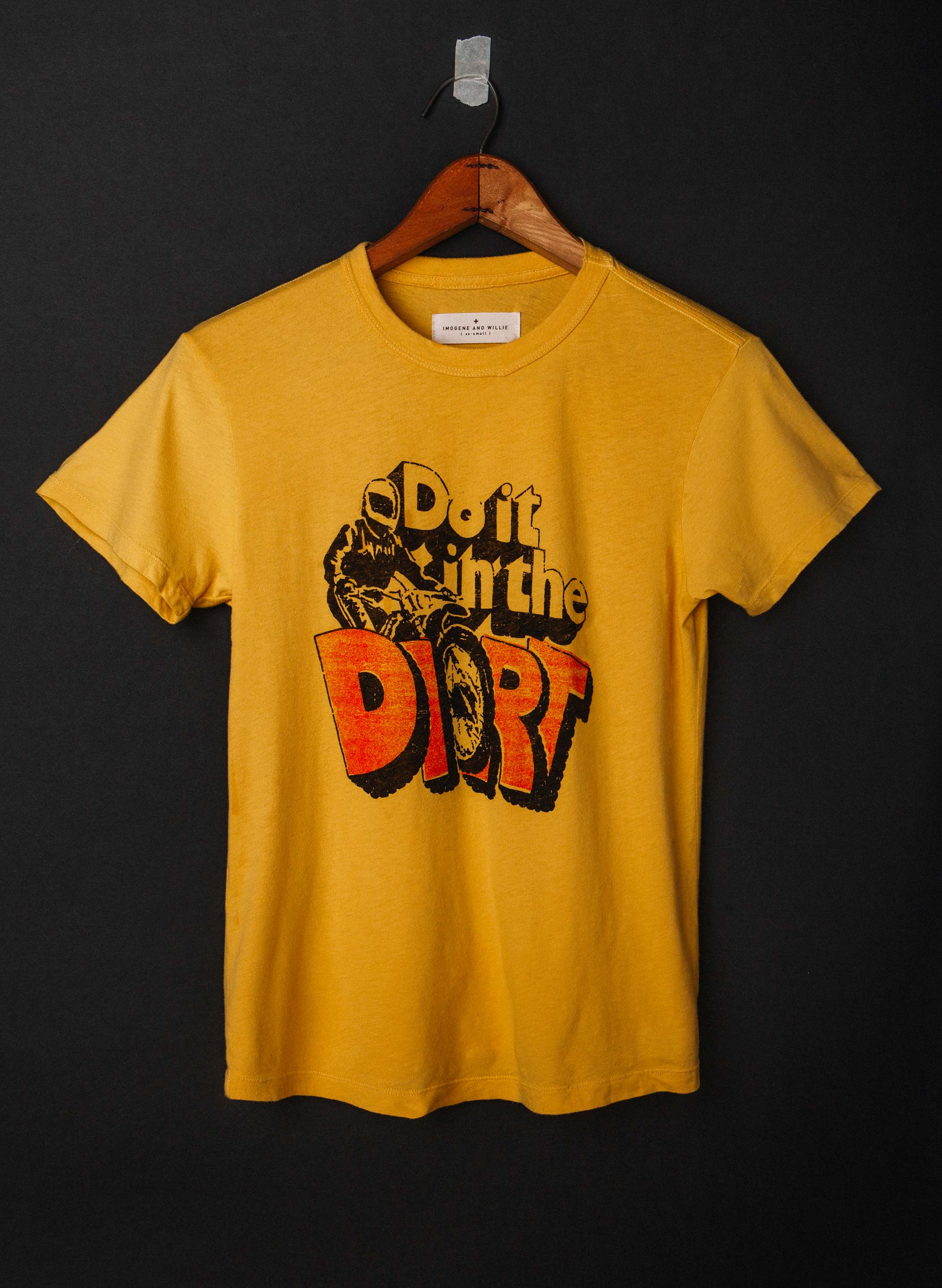 "imogene + willie - the ""do it in the dirt"" tee"