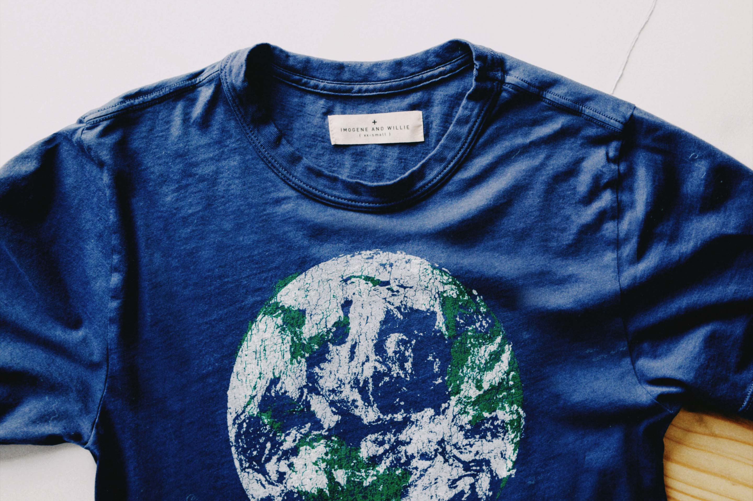 "imogene + willie - the ""earth"" tee"