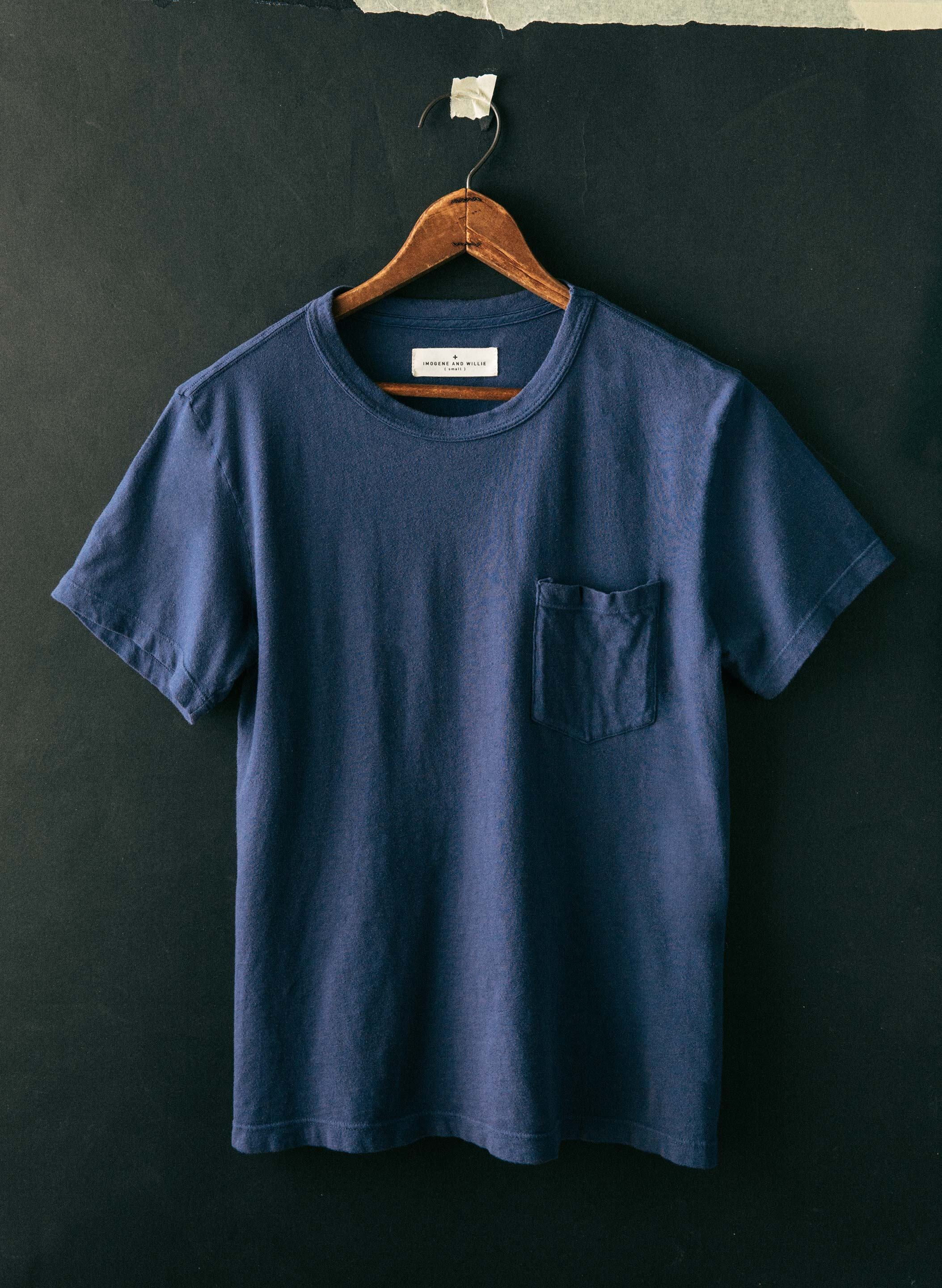 imogene + willie - faded blue knit pocket tee