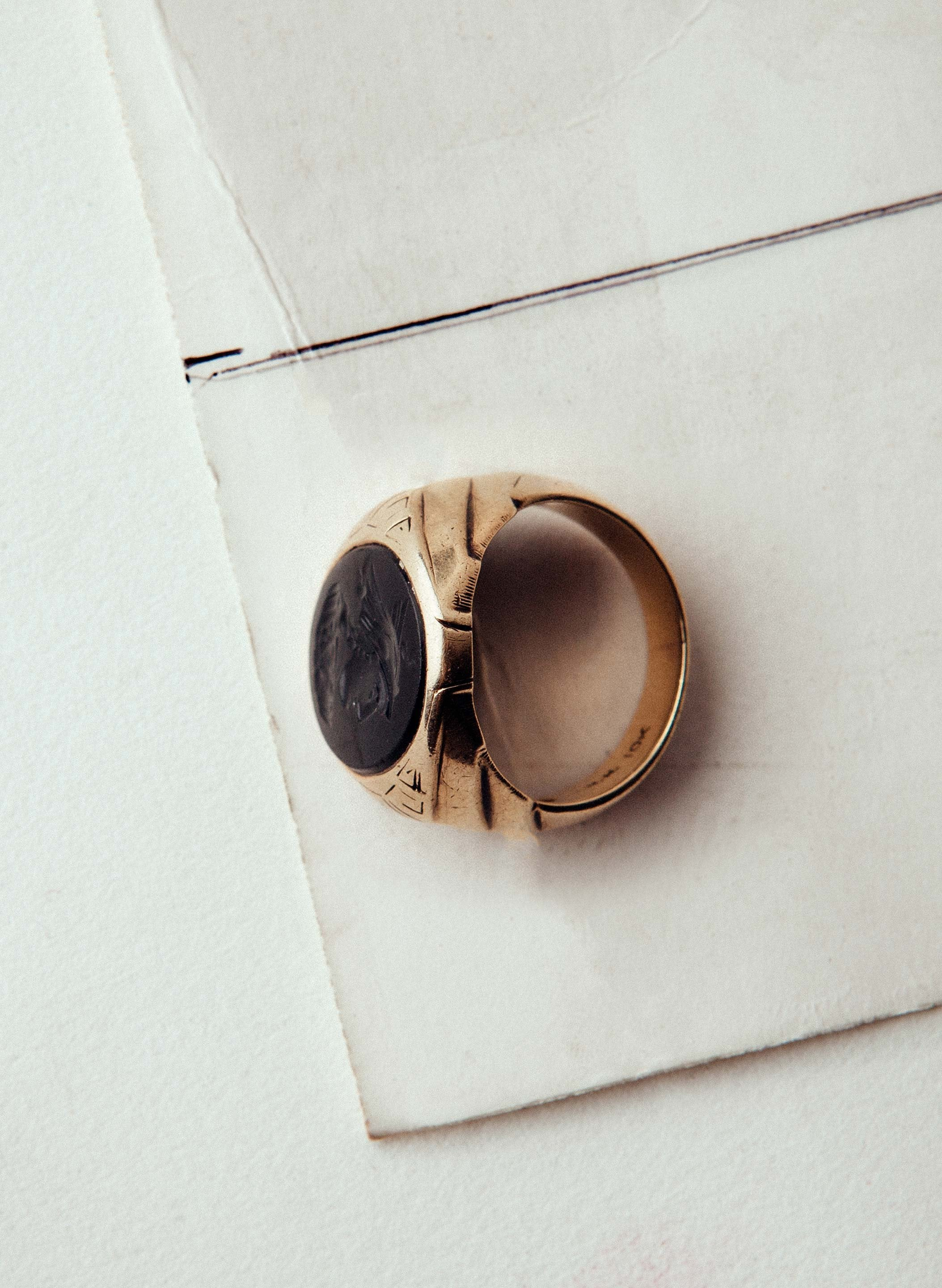 imogene + willie - vintage trojan gold signet ring
