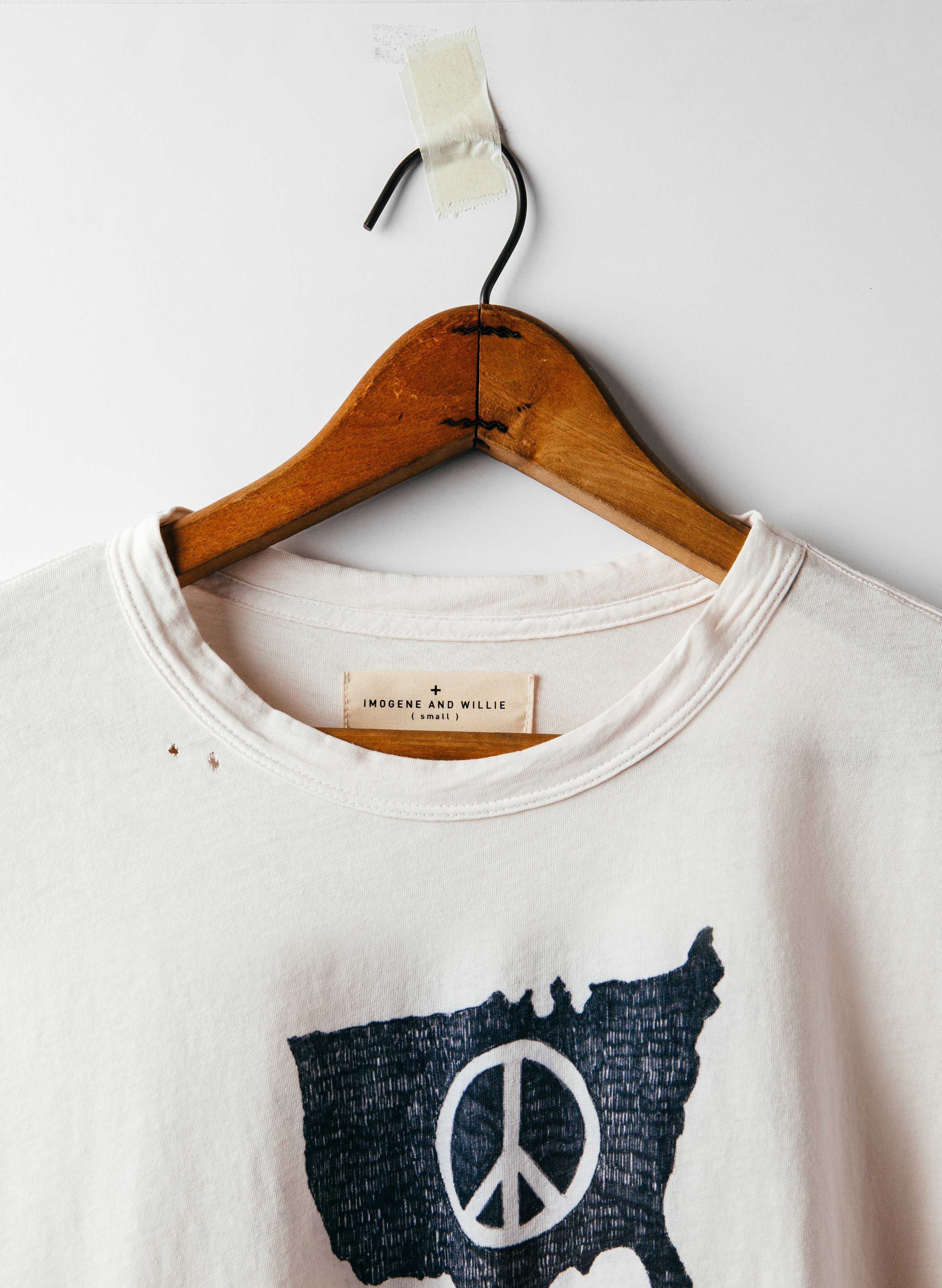 "imogene + willie - hand-drawn ""peace"" tee"