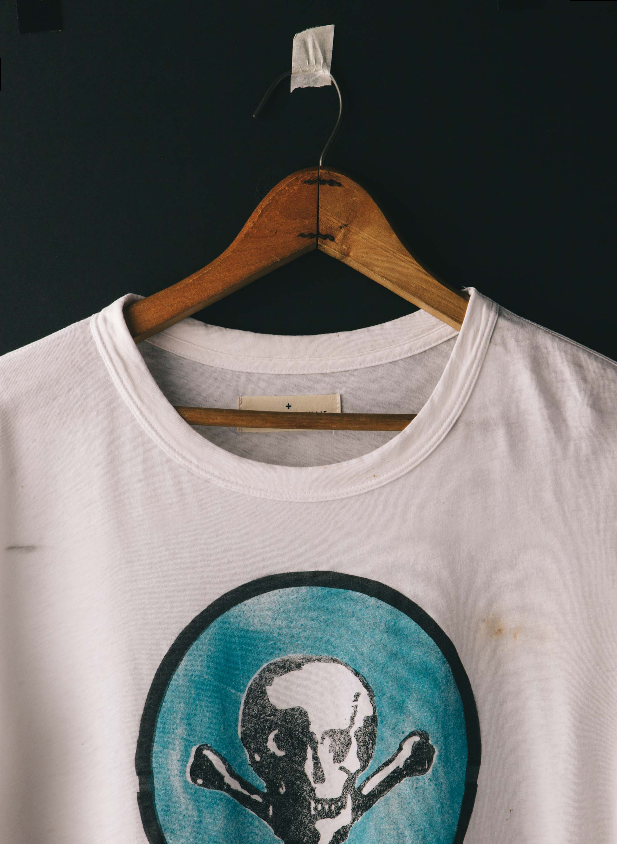 "imogene + willie - handprinted ""peligro"" tee"