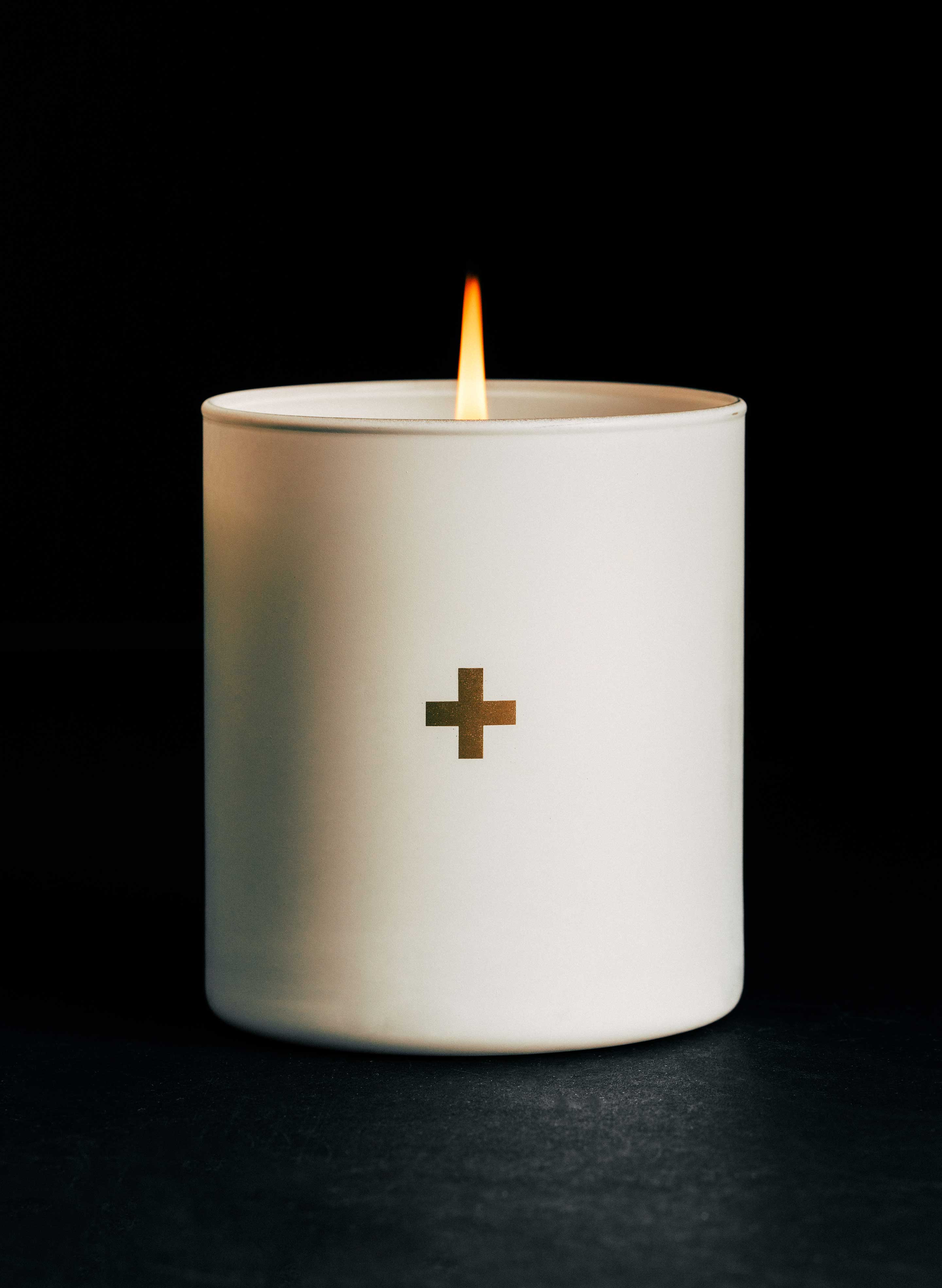 imogene + willie - the plus candle no. 2 (white)