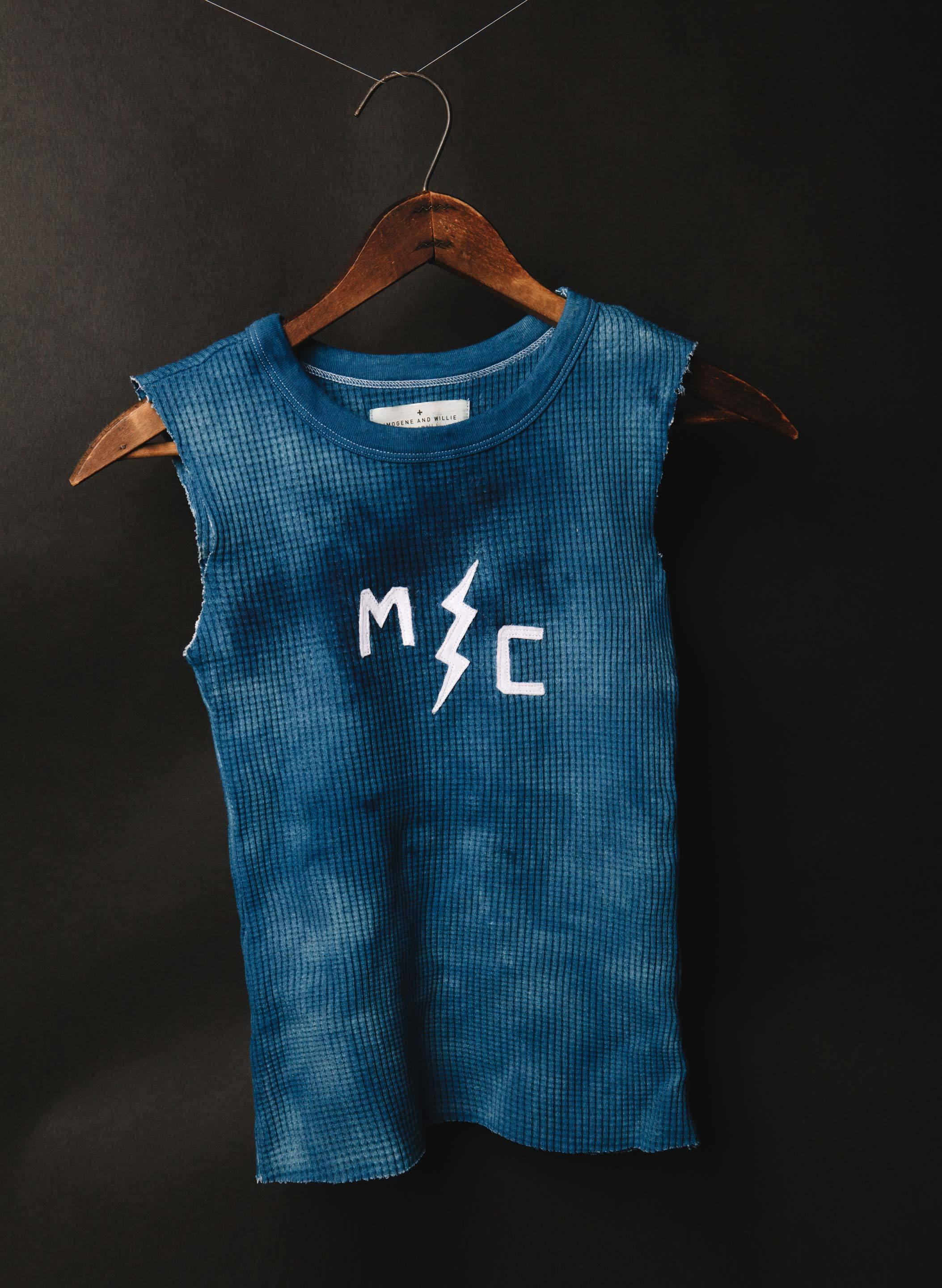 "imogene + willie - indigo stitched ""mc"" cutoff tank"