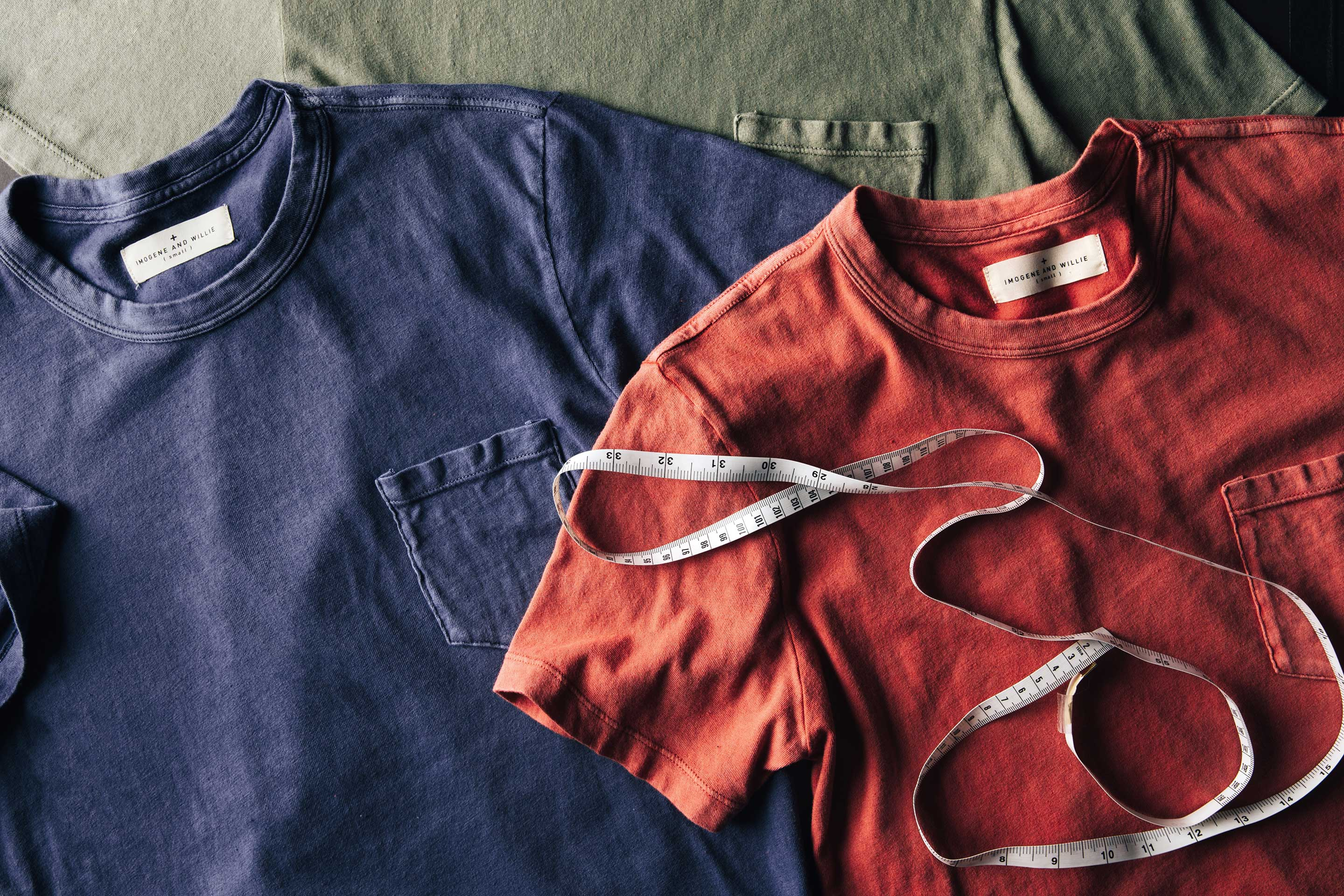 imogene + willie - sunfaded red pocket tee