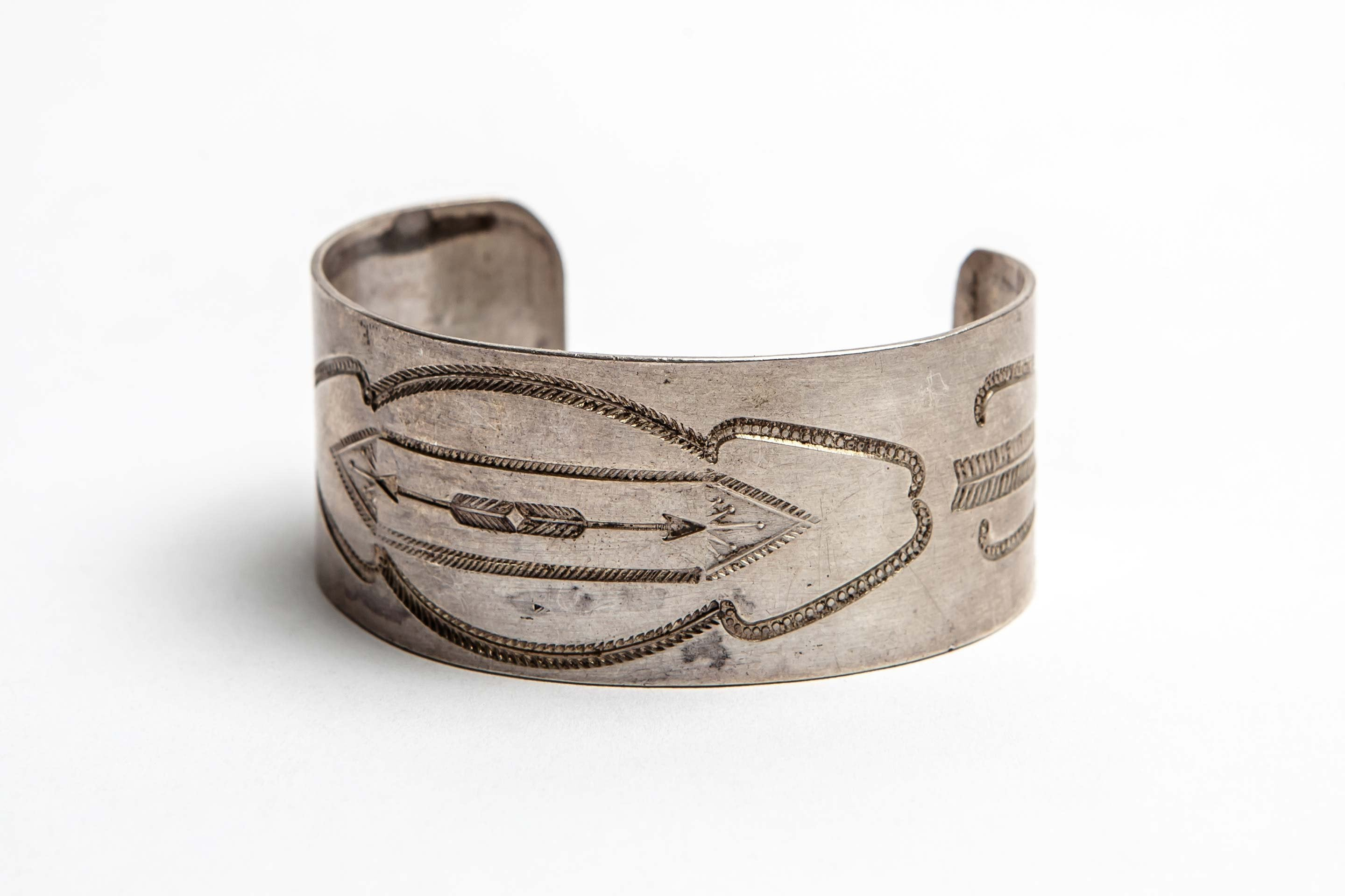 "imogene + willie - vintage sterling ""twin arrows"" cuff"